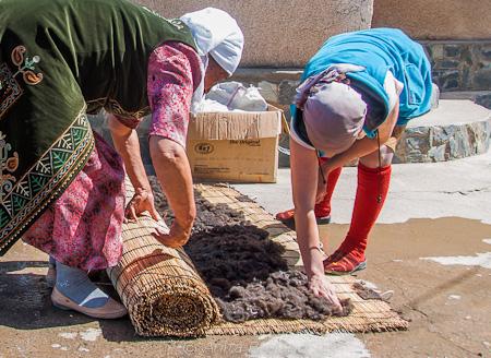 preparing the wool