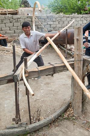Bending wood for yurt frame