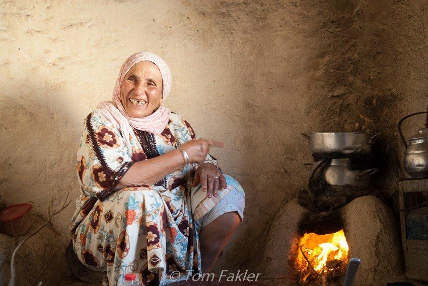 Tamu making couscous
