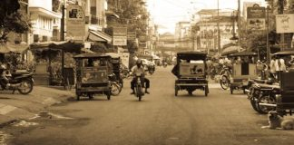 Early morning quiet in Phnom Penh, Cambodia