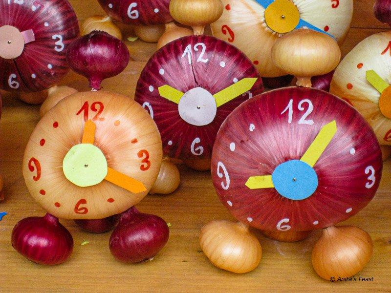Onion clocks