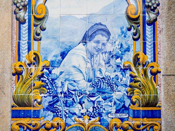 Tiles on the Pinhão train station