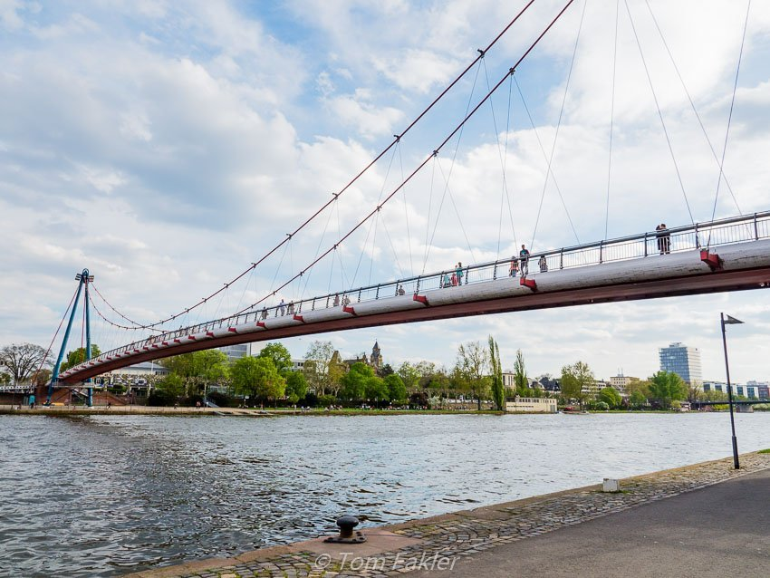 Frankfurt's Holbeinsteg pedestrian bridge