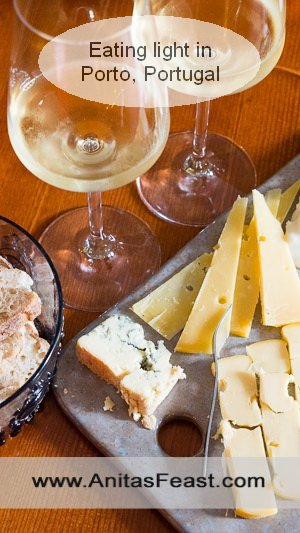 A cheese platter and wine-tasting at Prova in Porto, Portugal--perfect for summer!