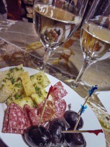 White Merlot, a popular aperitif in Ticino