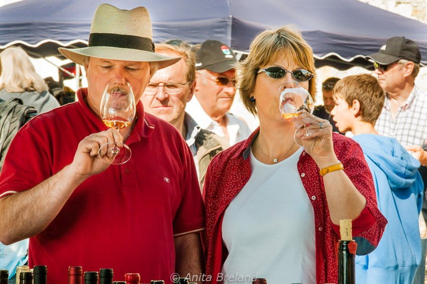 Wine-tasting at the Chestnut Festival in Ascona