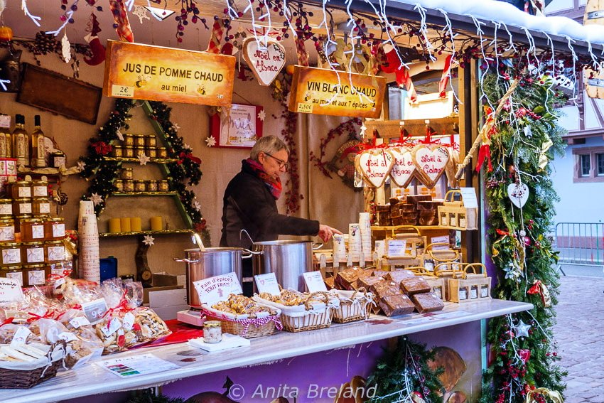 Mulled wine for Christmas in Alsace