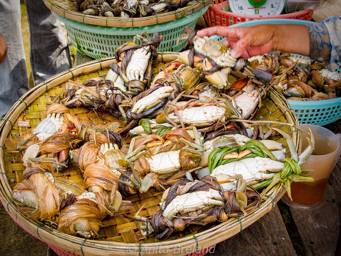 Crabs for sale in Saigon